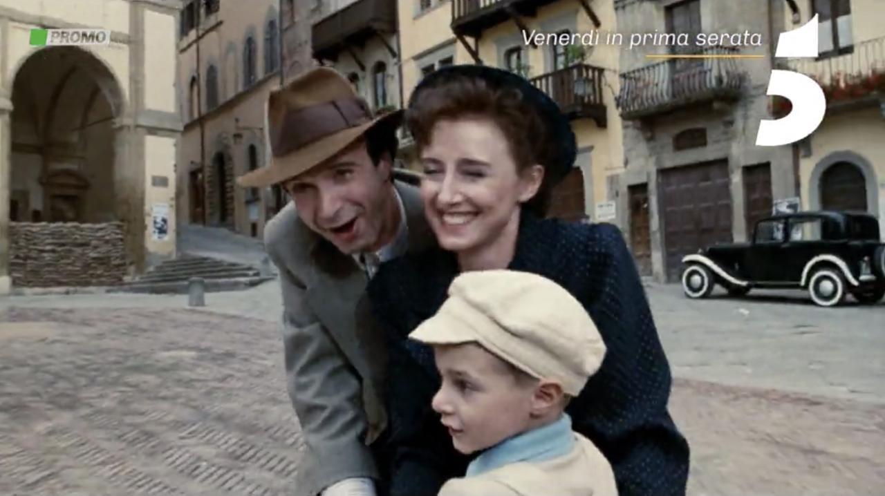 Aarda Info الصور والأفكار حول Film Completo Di Roberto Benigni La Vita E Bella